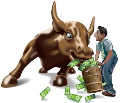 牛股集训营是我们最新推出的帮助新马广大散户更好的在股市中决胜千里,发现好的机会,获得大的收益的课程。